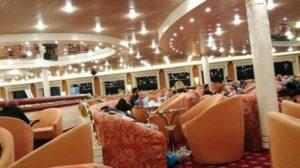 Interiorul feribotului Festos Pallace la întoarcerea din Crete Trip 2017